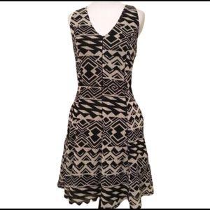 Greylin Black/Tan Geometric Sleeveless Dress L